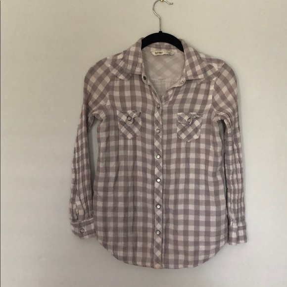 Old Navy Tops - Plaid flannel shirt.